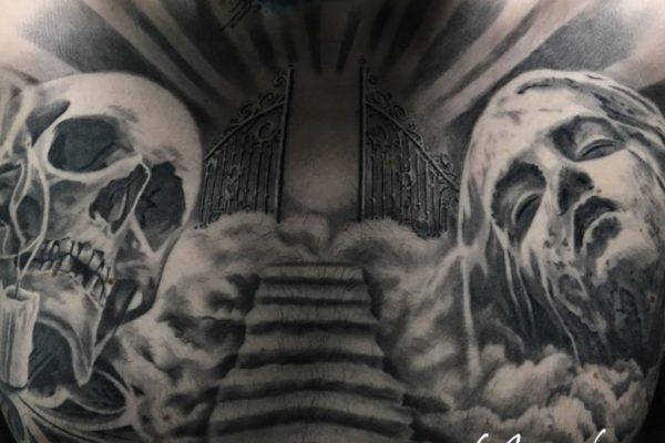 Tatuaje pecho hombre